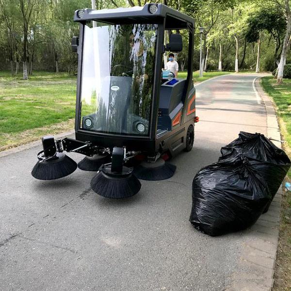 工业电动扫地机在各行业中的应用