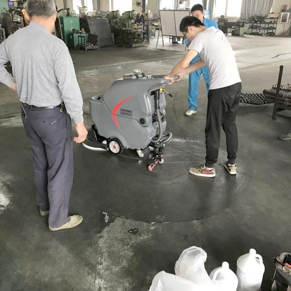 手推式电动洗地机,全自动洗地机品牌