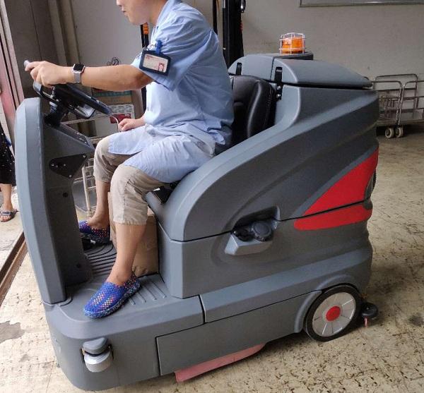 武汉洗地机,扫地机,高压清洗机,驾驶式洗地机,电动扫地车,武汉艾诗易清洁系统有限公司