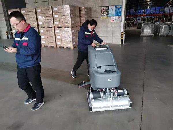 高美扫地洗地机